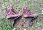 Les bottes à mon père n'ont pas survécues au voyage...