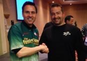 07 - Mario serre la main de Jim Saric