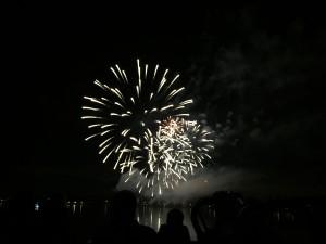 La soirée se termine sous les feux d'artifices!
